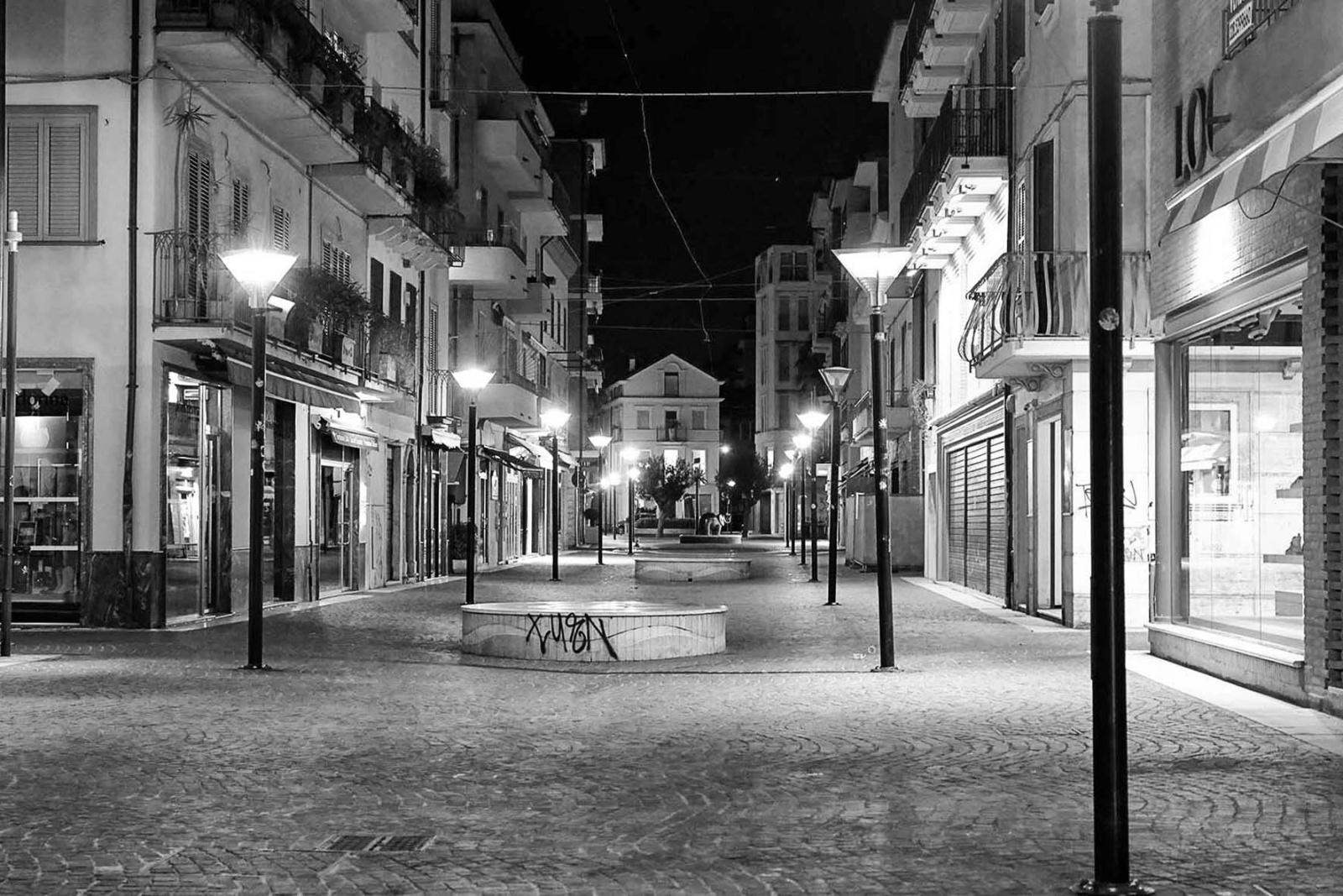 CORONA VIRUS Città Spettrale